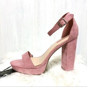 NWT Forever 21 Blush Pink Faux Suede Heels